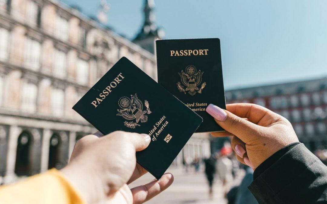 ¿Qué documentación necesito para que mi hijo viaje a Reino Unido?